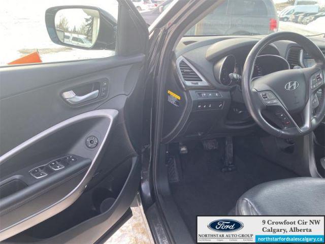 2016 Hyundai Santa Fe Sport 2.0T Limited  |LEATHER| NAV| ROOF| LIMITED| 2.0L| - $189 B/W