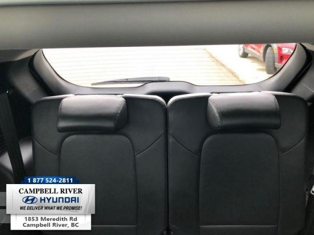 2016 Hyundai Santa Fe XL Luxury  - Sunroof -  Leather Seats