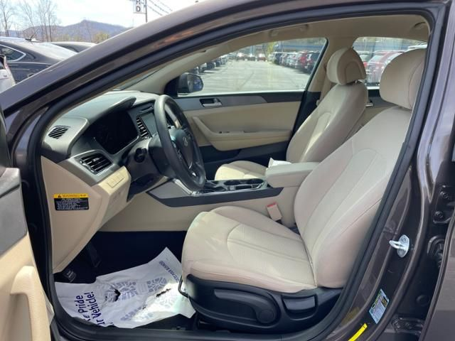 2016 Hyundai Sonata 4dr Sdn 2.4L SE