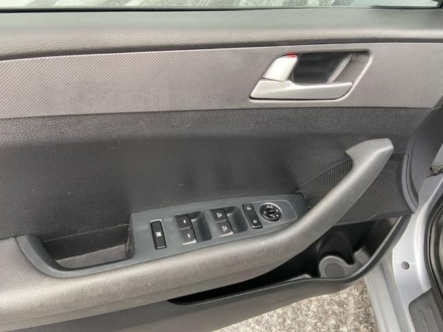 2016 Hyundai Sonata GLS-SUNROOF-72 B/W