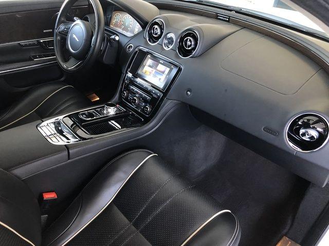 2016 Jaguar XJ 4dr Sdn Supercharged RWD