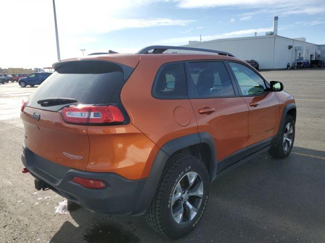 2016 Jeep Cherokee Trailhawk  $115 / week