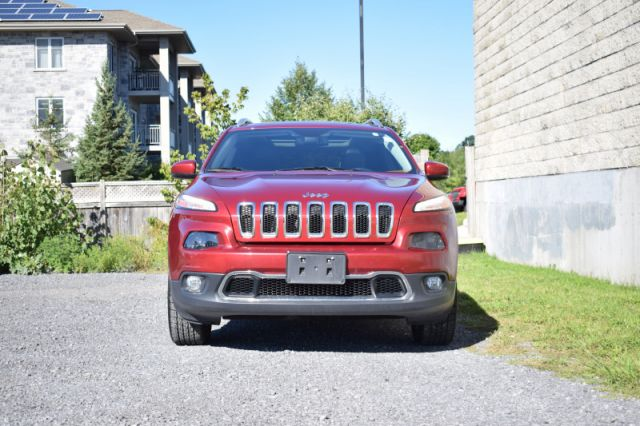 2016 Jeep Cherokee Limited  - Leather Seats -  Bluetooth