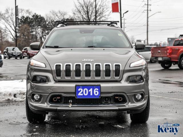 2016 Jeep Cherokee Overland  - Navigation -  Leather Seats
