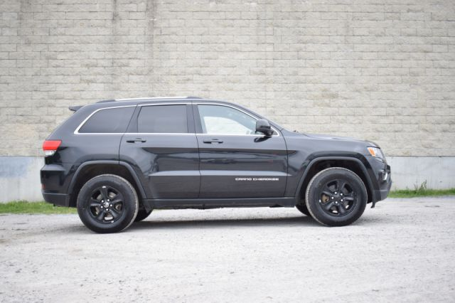 2016 Jeep Grand Cherokee Laredo  | 4X4 | DUAL CLIMATE |
