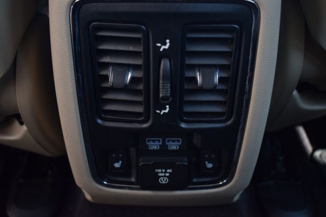 2016 Jeep Grand Cherokee Limited  - Leather Seats