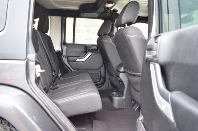 2016 Jeep Wrangler Unlimited Sahara  4X4 | POWER WINDOWS