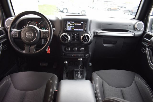 2016 Jeep Wrangler Unlimited Sahara  | 4X4 | POWER WINDOWS |