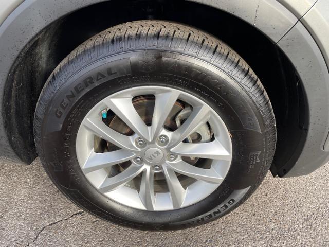 2016 Kia Sorento AWD 4dr 2.4L LX