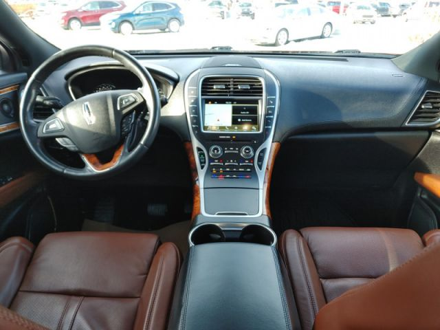 2016 Lincoln MKX Reserve  - Leather Seats -  Cooled Seats - $202 B/W