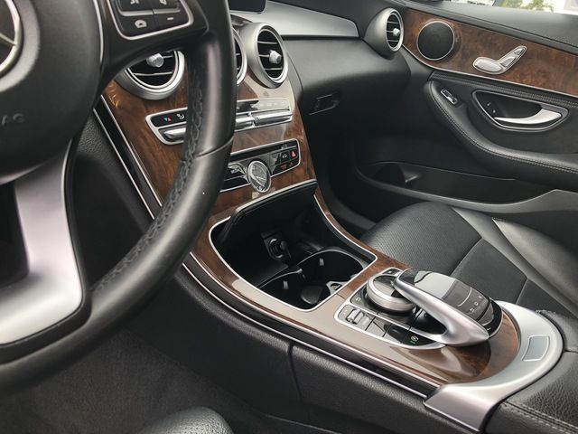 2016 Mercedes-Benz C-Class 4dr Sdn C 300 Luxury 4MATIC