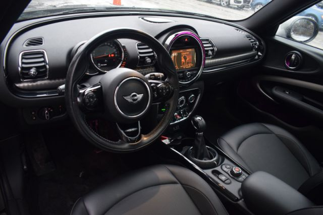2016 MINI Cooper Clubman Base  LEATHER | MOONROOF