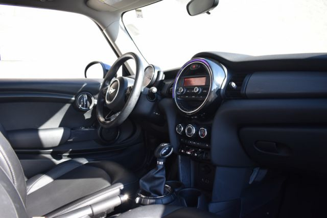 2016 MINI Cooper Hardtop Base  -  Bluetooth