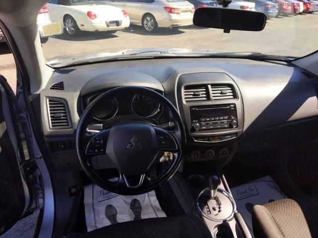 2016 Mitsubishi Outlander Sport 2WD 4dr CVT 2.0 ES