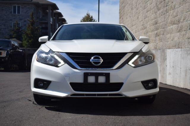 2016 Nissan Altima 2.5 SL Tech    SUNROOF   NAV  