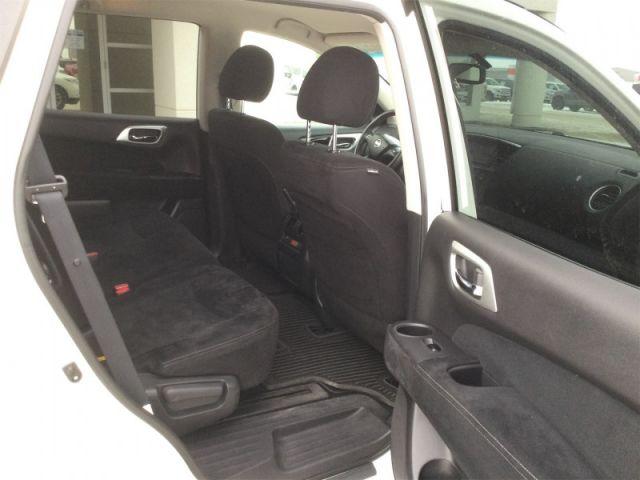 2016 Nissan Pathfinder SV  - Bluetooth -  Heated Seats