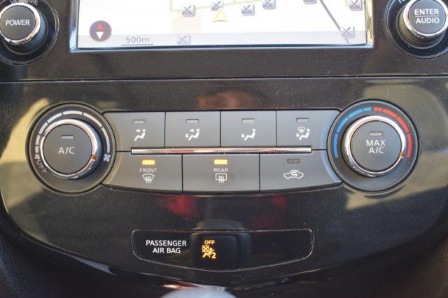 2016 Nissan Rogue SV  AWD   MOONROOF