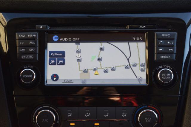 2016 Nissan Rogue SV  | AWD | MOONROOF