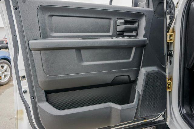 2016 Ram 1500 4WD Quad Cab 140.5 ST
