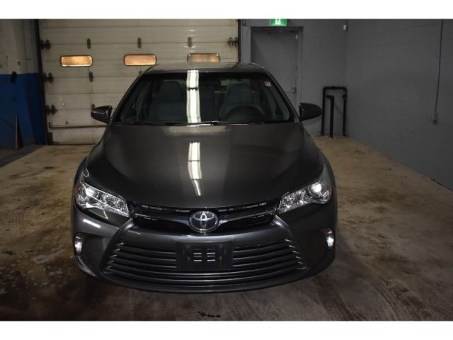 2016 Toyota Camry LE - BACKUP CAM * HANDSFREE *