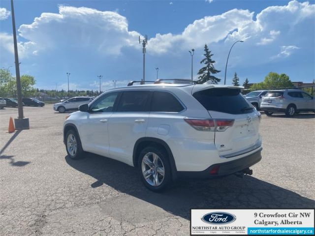 2016 Toyota Highlander Limited   LEATHER  MOONROOF  NAV  7 SEATER  LOW KMS 