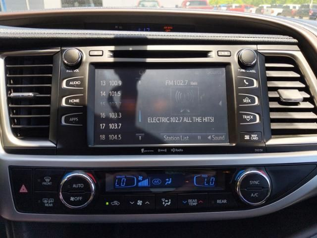 2016 Toyota Highlander AWD 4dr V6 XLE