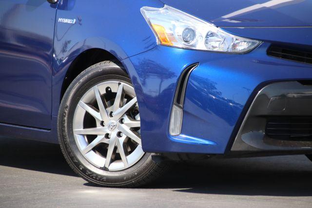 2016 Toyota PRIUS V V Five 5D Wagon