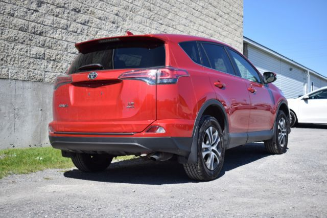 2016 Toyota RAV4 LE  | AWD | BLUETOOTH |