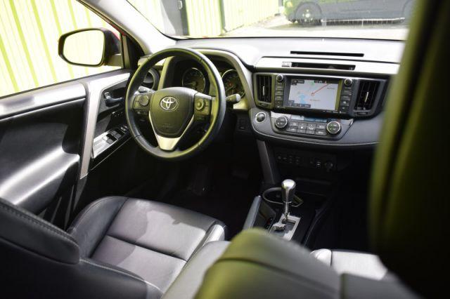 2016 Toyota RAV4 Limited  | SUNROOF | LEATHER | HEATED WHEEL | NAV |