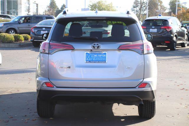 2016 Toyota RAV4 Sport Utility LE