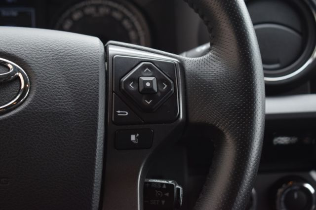 2016 Toyota Tacoma SR5  | 4X4 | DUAL CLIMATE |