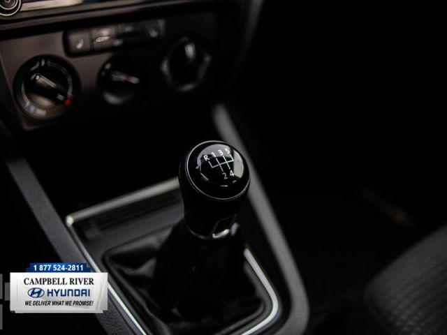 2016 Volkswagen Jetta Trendline  - 60/40 Split