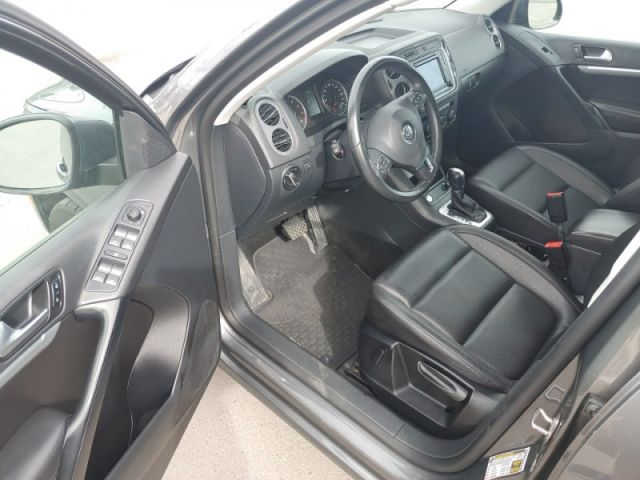 2016 Volkswagen Tiguan Comfortline  - Sunroof - $160 B/W