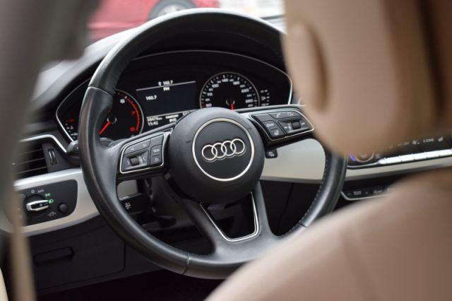 2017 Audi A4 2.0T quattro Komfort  | LEATHER | SUNROOF |