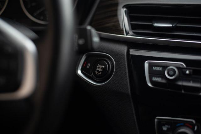 2017 BMW X1 xDrive28i  | AWD | LEATHER |