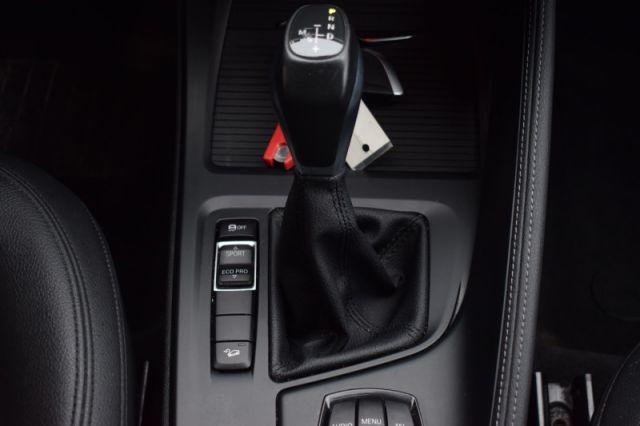 2017 BMW X1 xDrive28i    AWD   LEATHER SEATS   HEATED SEATS