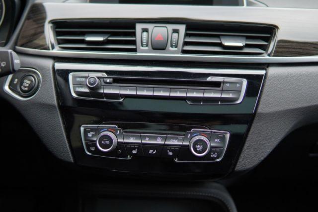 2017 BMW X1 xDrive28i  | MOONROOF | DUAL CLIMATE | LEATHER |