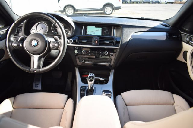 2017 BMW X4 xDrive28i  AWD | FRONT & REAR HEATED SEATS