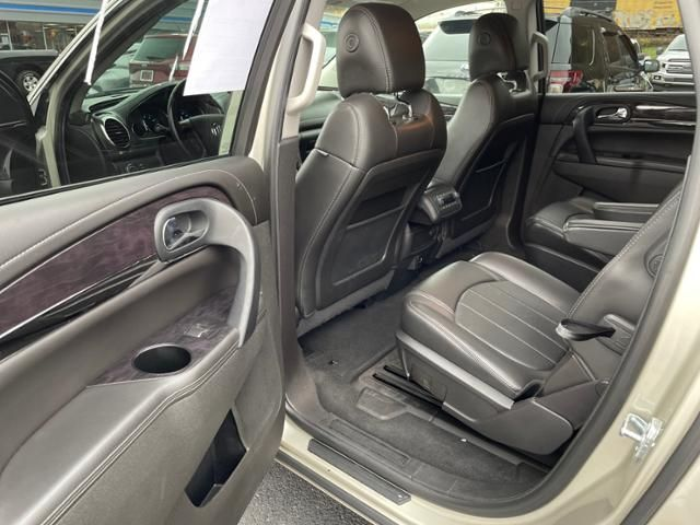 2017 Buick Enclave AWD 4dr Leather