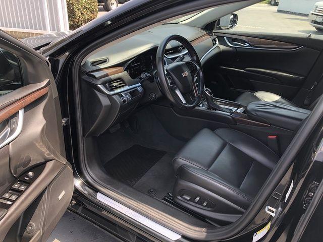2017 Cadillac XTS 4dr Sdn Luxury FWD