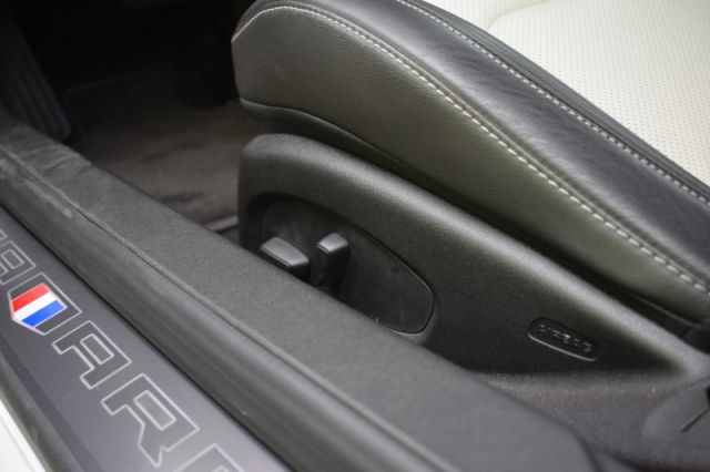 2017 Chevrolet Camaro 2LT    LEATHER   COOLED SEATS   DUAL CLIMATE   NAV  