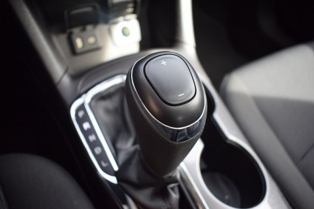 2017 Chevrolet Cruze LT  | SUNROOF | BOSE AUDIO |
