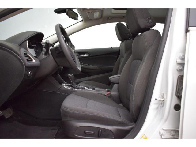 2017 Chevrolet Cruze LT - LOW KMS * BACKUP CAM * SUNROOF