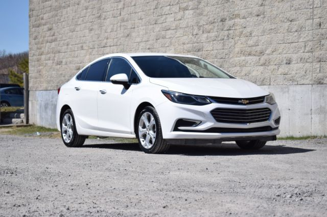 2017 Chevrolet Cruze Premier  | LEATHER | HEATED SEATS & WHEEL |