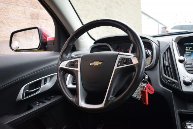 2017 Chevrolet Equinox LT  HEATED SEATS | SIRIUSXM READY | SUNROOF | NAV | AWD | BACKUP
