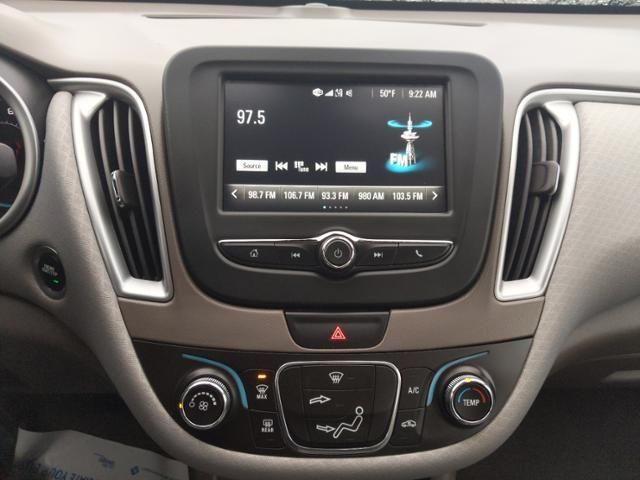 2017 Chevrolet Malibu 4dr Sdn LS w/1FL
