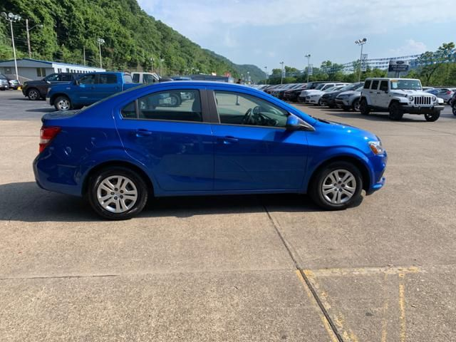 2017 Chevrolet Sonic 4dr Sdn Manual LS
