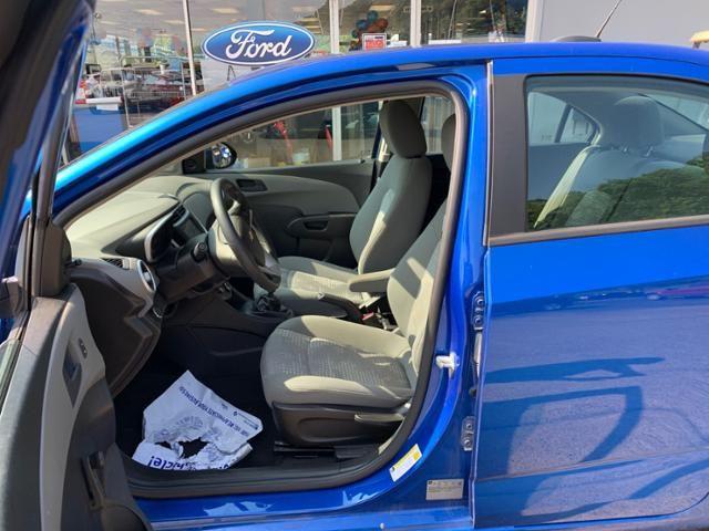 2017 Chevrolet Sonic 4dr Sdn Manual LS
