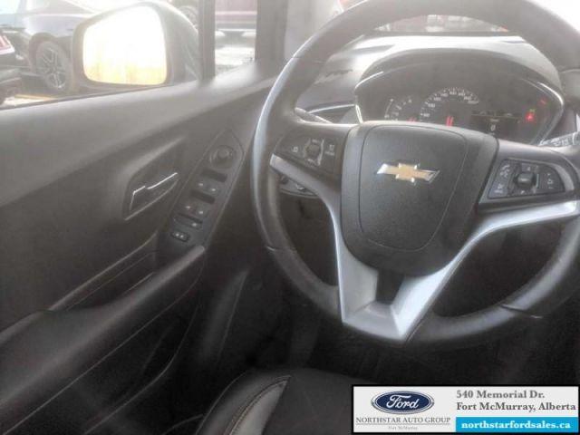 2017 Chevrolet Trax LT   1.4L Moonroof