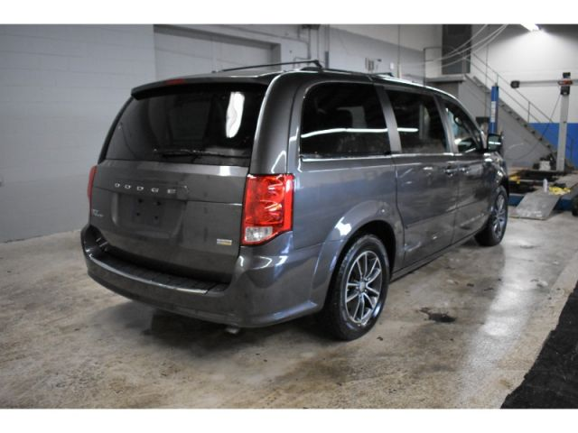 2017 Dodge Grand Caravan SXT+ - *HANDSFREE * LEATHER *